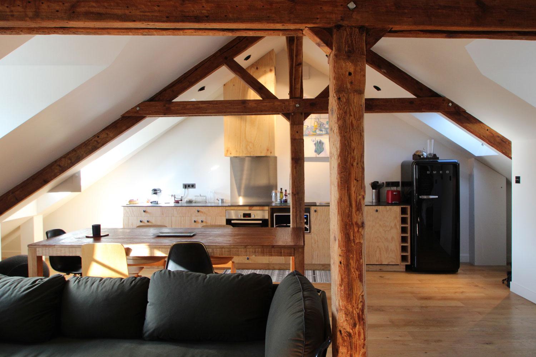 Salon, salle à manger et cuisine de notre location à Saint-Patern.