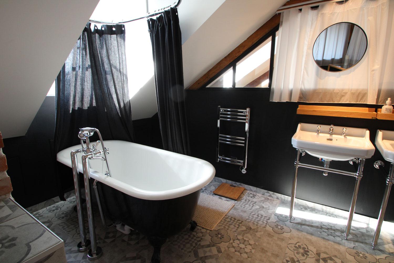 Salle de bain de notre loft à louer sur Vannes.