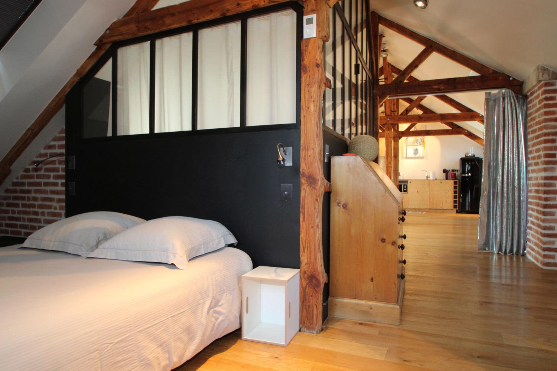 Chambre à coucher avec lit double dans notre location sur Vannes.