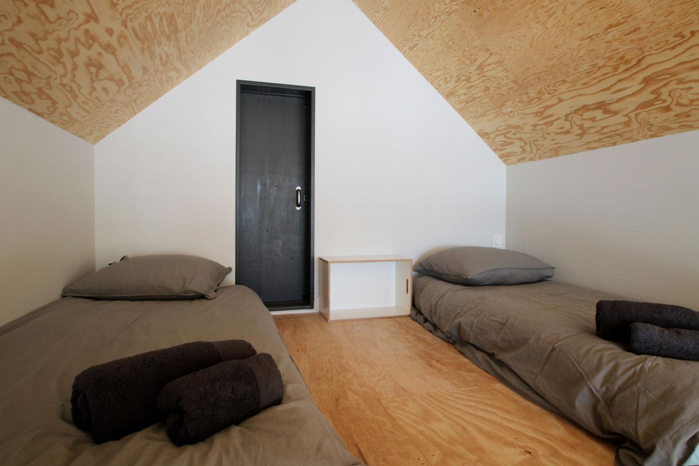 Mezzanine avec 4 couchettes d'appoint, dans notre location de Plouharnel.