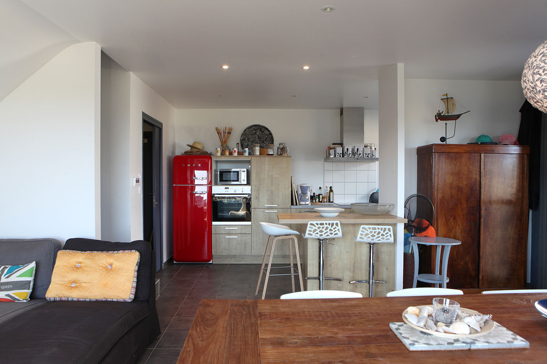 Salon, salle à manger et cuisine de notre location de Sainte-Barbe.